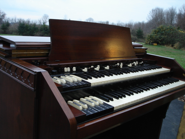 hammond organ model cv ser   21685